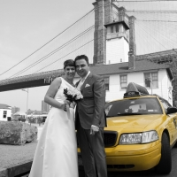 Brooklynbridge and Taxi
